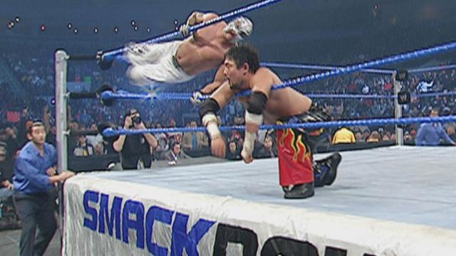 365 Wrestling, Day 1: Rey Mysterio, Jr., vs. Tajiri (SmackDown,1/1/04)